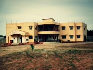Bâtiment principal du nouveau centre de Santé Maguy